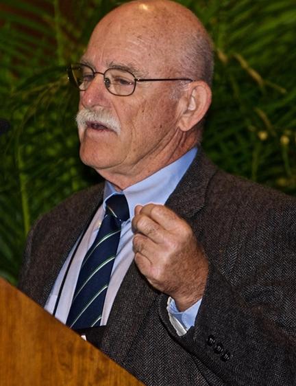 UC Davis medical entomologist William Reisen presents his acceptance speech. (Photo by Rick Duhrkopf)