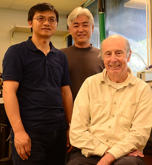 Bruce Hammock (center) with Hammock lab researchers Jun Yang (left) and Sung Hee Hwang; all are with the UC Davis Department of Entomology and Nematology and the UC Davis Comprehensive Cancer Center. (Photo by Kathy Keatley Garvey)