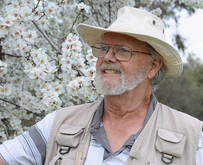 Dr. Robbin Thorp, distinguished emeritus professor of entomology (Photo by Kathy Keatley Garvey)