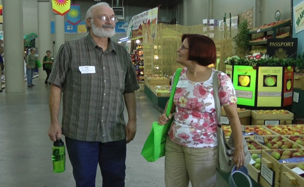 Mike and Nori Naylor of Naylor's Organic Family Farms in Tulare vist the agriculture building at the Big Fresno Fair.