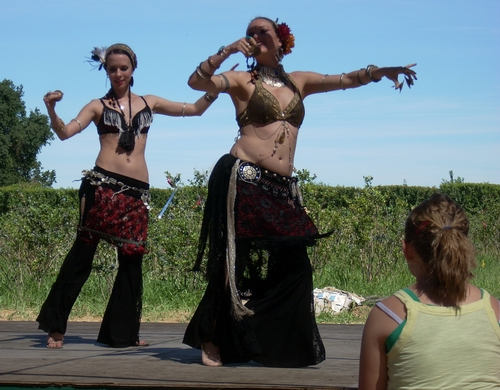 Riverdance bellydancers