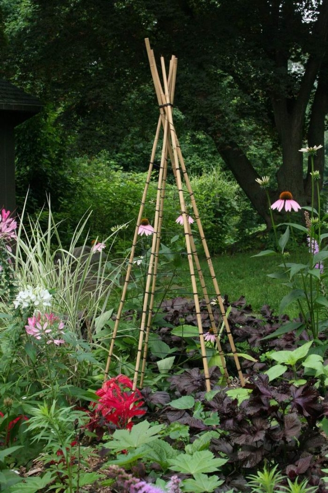 DIY tuteur (Fine Gardening Magazine)