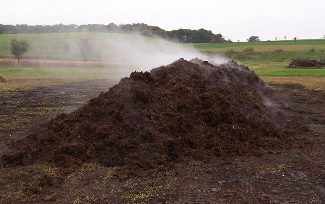 Compost, good for soil tilth. (rodaleinstitute.org)