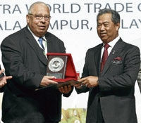 Dr. Kader Receives Award from Malaysian Government