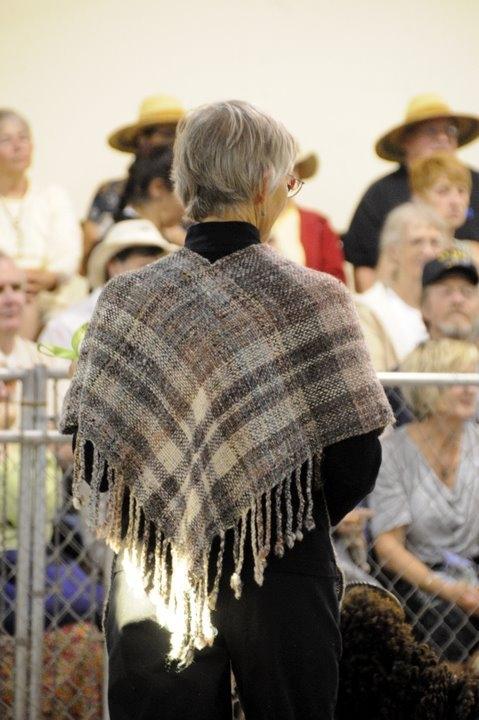 robin shawl